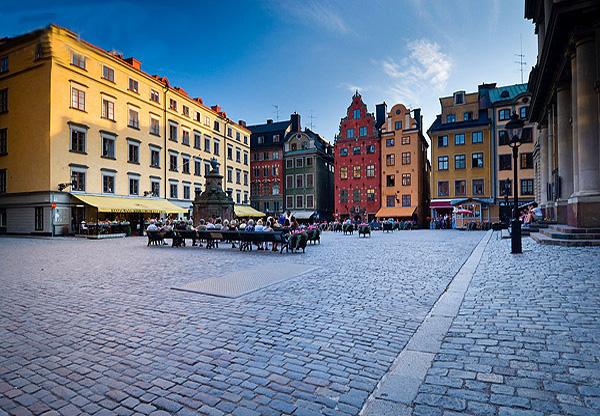Mua vé máy bay đi Thụy Điển giá rẻ ở đâu?