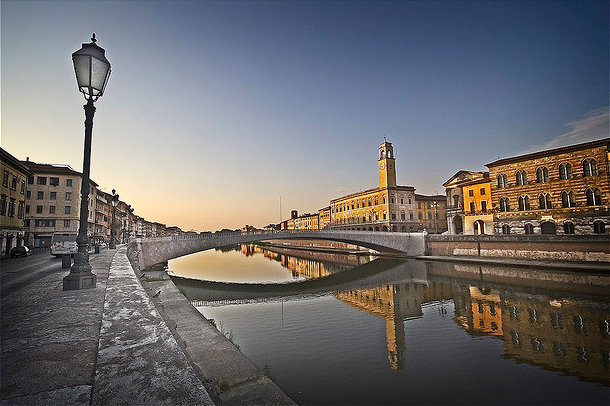 Vé máy bay đi Pisa giá rẻ