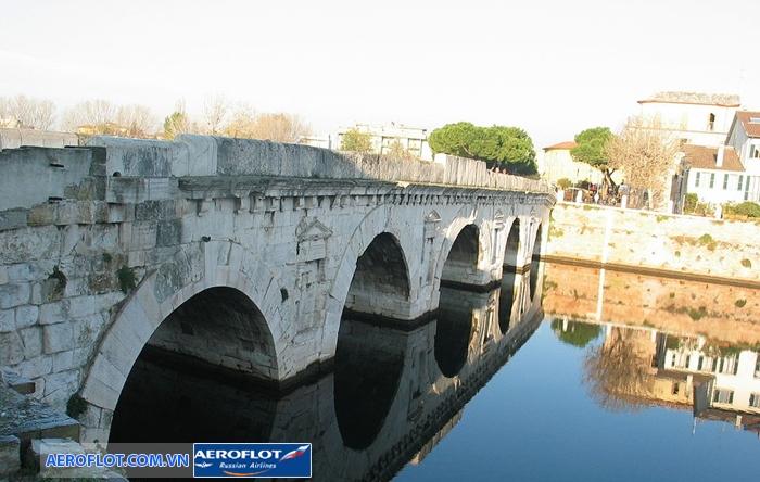 Cầu Tiberius Rimini