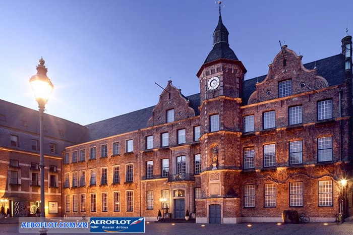 Tòa thị chính
