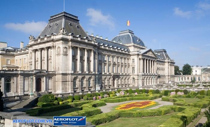 Cung điện Hoàng gia Palais Royal