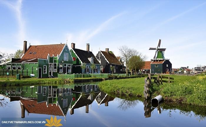 Kênh đào ở Hà Lan