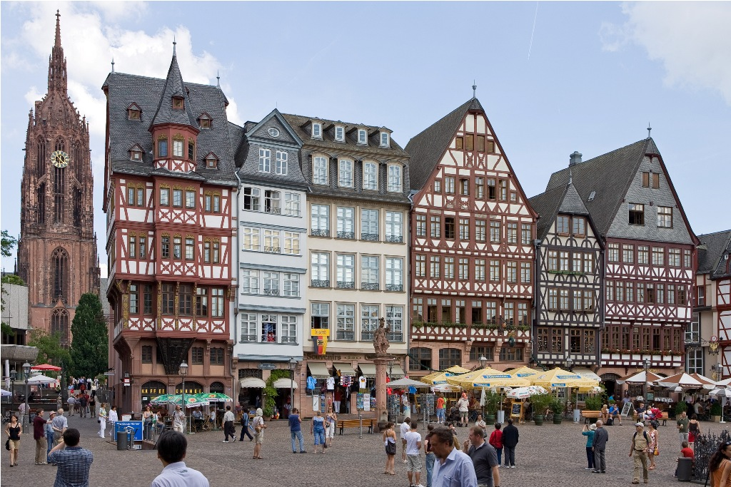 Frankfurt_Am_Main-Samstagsberg-20070607 - s