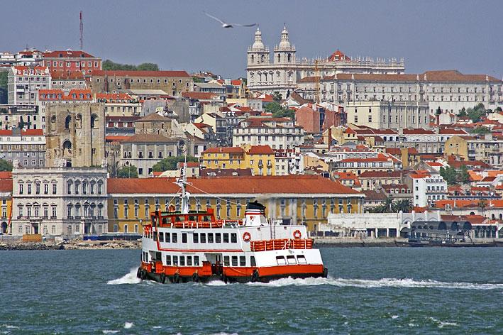 Toàn cảnh thành phố Lisbon