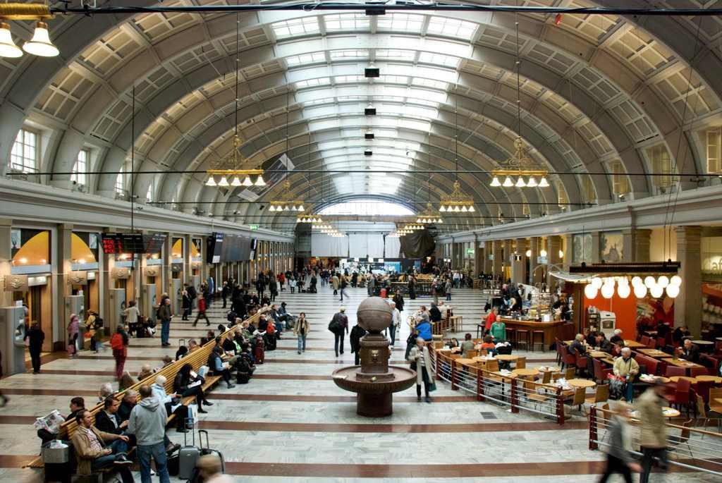 Stockholm-Central-Station-s