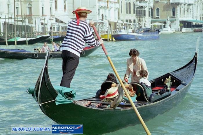 Thuyền Gondola Venice