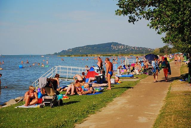 Đến Hungary chiêm ngưỡng vẻ đẹp hồ Balaton