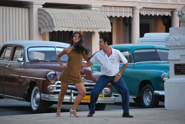 Cuồng nhiệt với điệu Salsa tại Cuba
