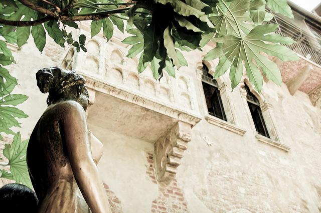 Du ngoạn thành phố tình yêu Verona