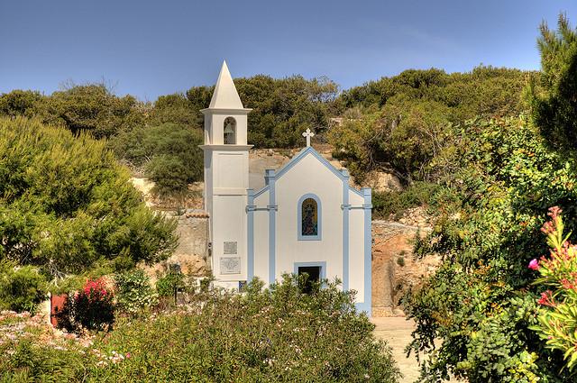 Khám phá hòn đảo Lampedusa tuyệt đẹp