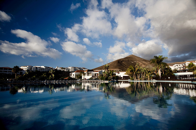 Vé máy bay đi Fuerteventura giá rẻ