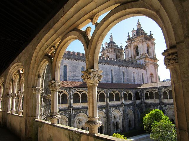 Tu viện Alcobaca và thiên tình sử nổi tiếng