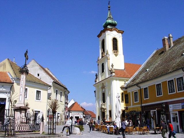 Thành phố nhỏ xinh xắn Szentendre