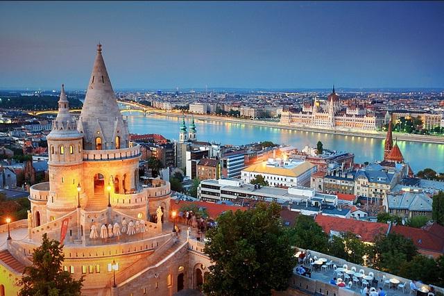 Trải nghiệm quanh dòng sông Danube thơ mộng