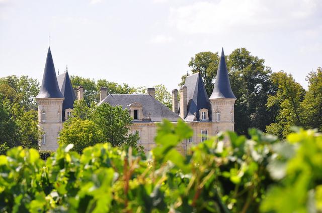 Những lâu đài rượu vang tuyệt đẹp ở Bordeaux