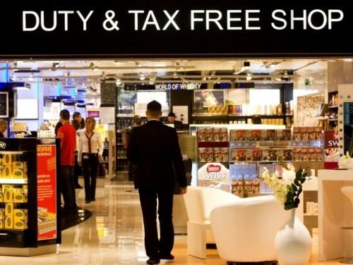 Thông tin tiền tệ và miễn thuế cho du khách đi Nga