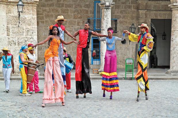 Trải nghiệm lễ hội Carnaval ở Cuba
