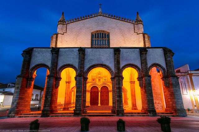 """Thăm quan """"giáo đường ma"""" kì bí ở Bồ Đào Nha"""