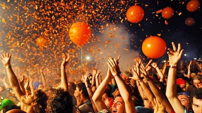 lễ hội âm nhạc hè