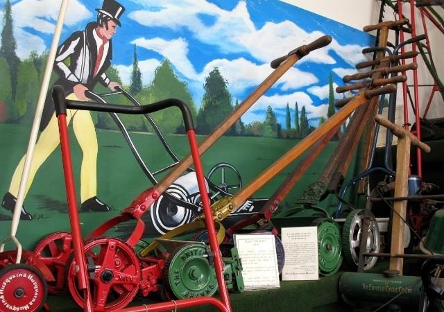 bảo tàng máy xén cỏ