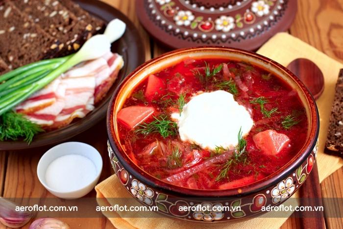 Soup củ cải đỏ là món ăn truyền thống của người Nga