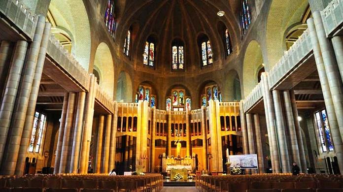 Vương cung thánh đường St. Mark có nhiều bức khảm nổi tiếng