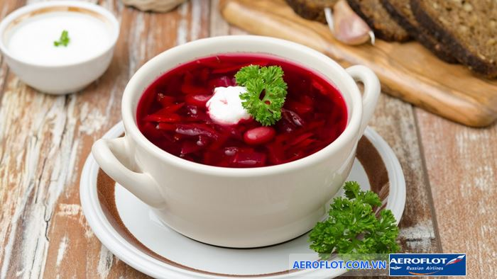 Borsch - Soup củ cải đỏ món ăn truyền thống của Nga