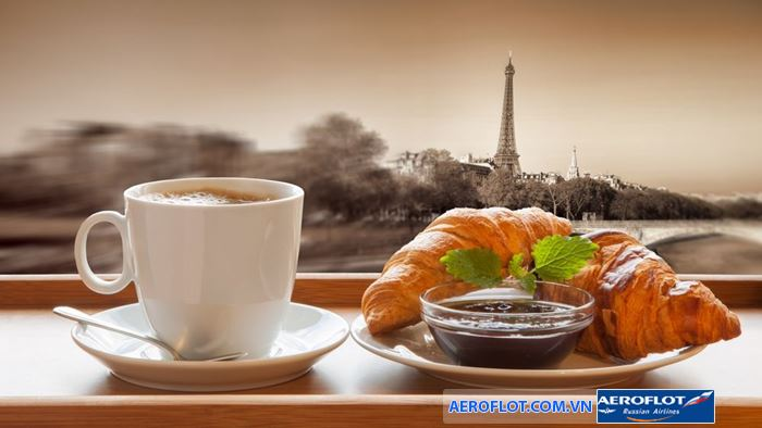 Thưởng thức kem ở Paris