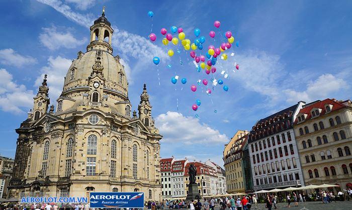 Quảng trường Đức Mẹ Marienplatz