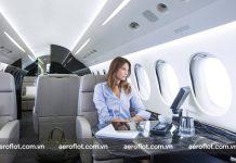 Lựa chọn trang phục phù hợp khi đi máy bay