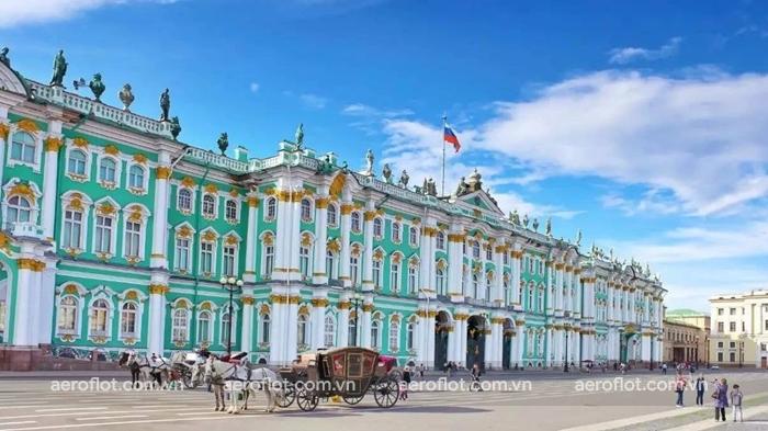 Cung điện mùa đông công trình kiến trúc nổi tiếng ở Nga